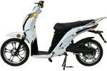 E-scooter om door natuur te zoeven.