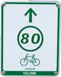 fietsroutebord van het knooppuntnetwerk.